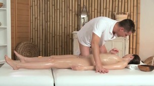Spruce massage model receives a creampie