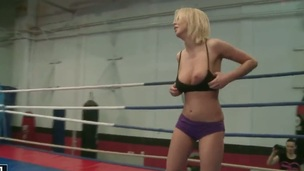 Blonde Mandi Dee with big jugs finds herself getting her pussy eaten by lesbo Tiffany Doll