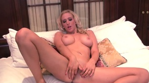 Samantha Alexandra with large breasts and trimmed cunt fucks yourself like mad in the matter of solo act