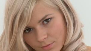 Blonde Manyasha rubs her love hole six ways from Sunday