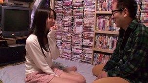 Japanese pornstar Aika Yumeno fucks her stupendous fan