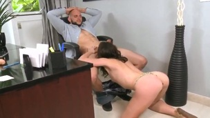 Brunette satisfies dudes sexual desires and then gets painted with cock rare