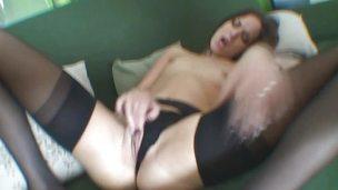 Wild Lyen Parker masturbating