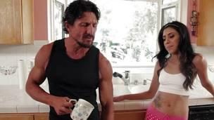 Angel Del Rey nails her stepdad
